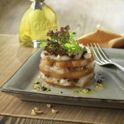 Timbal de bacallà i tomàquet amb olivada