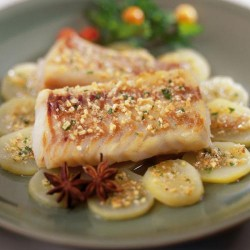 Llom de bacallà amb patates confitades