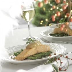 Lomo de salmón con espárragos triqueros y foie