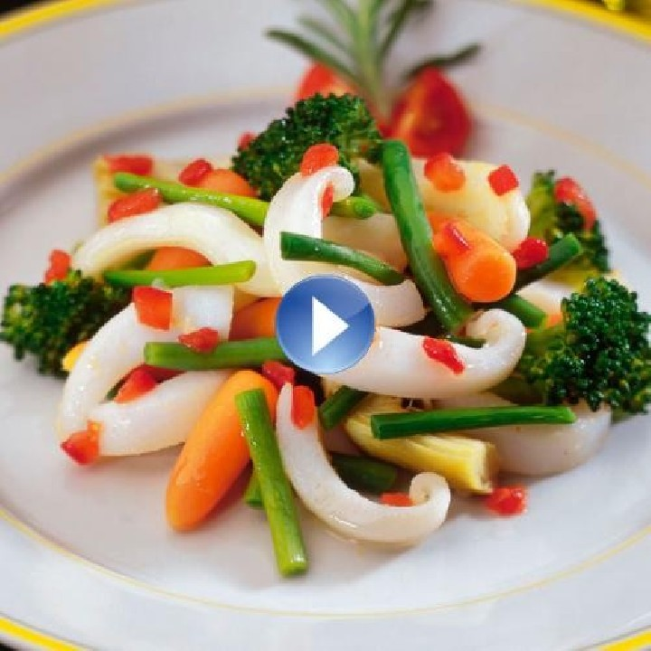 Salteado de verduras con sepia