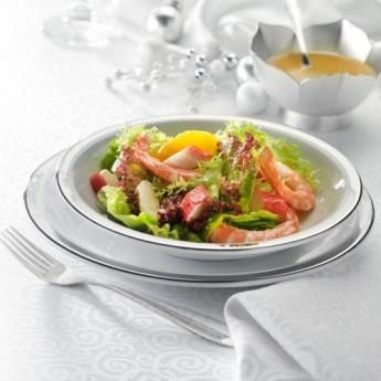 Ensalada de langostinos y surimi con vinagreta de cítricos