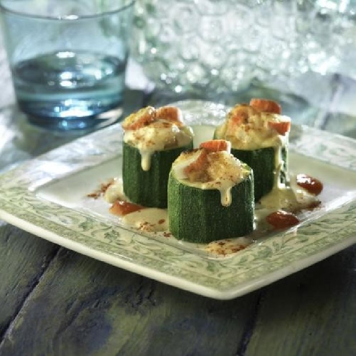 Troncs de carbassó amb surimi i gambetes