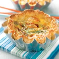 Pastel de queso brie y alcachofa