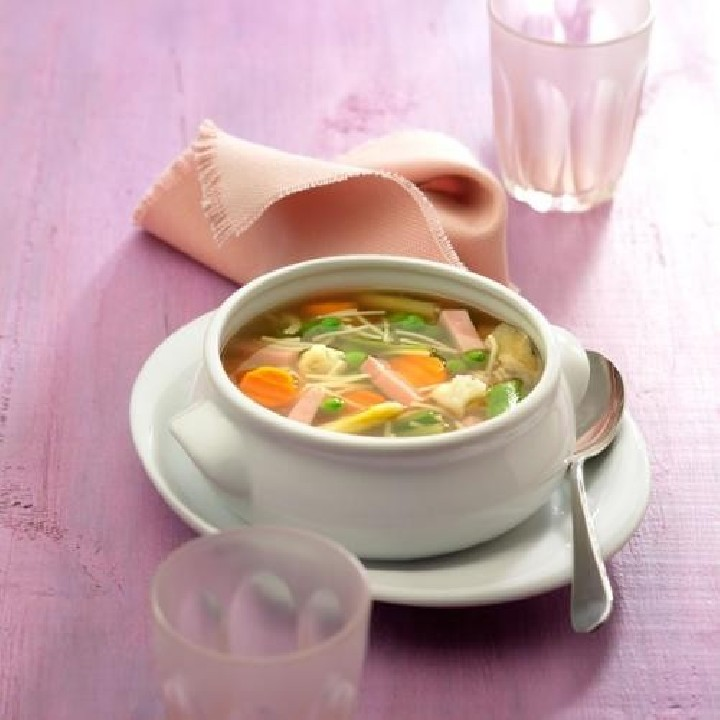 Sopa de minestra amb fideus