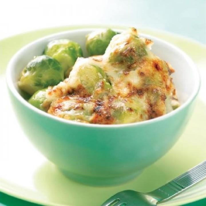 Gratinado de coles de Bruselas con salsa mornay