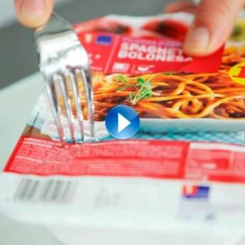¿Cómo calentar los platos cocinados en el microondas?