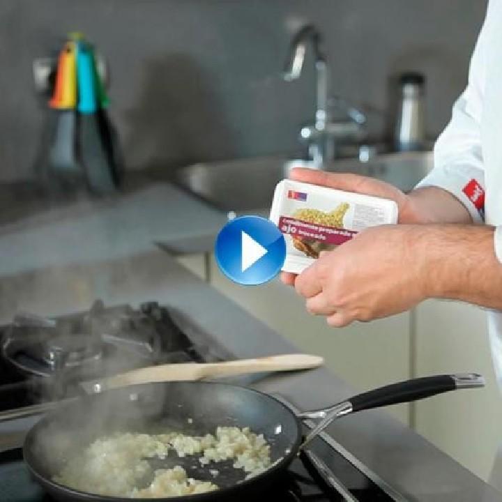 ¿Cómo evitar que se queme el ajo troceado congelado?
