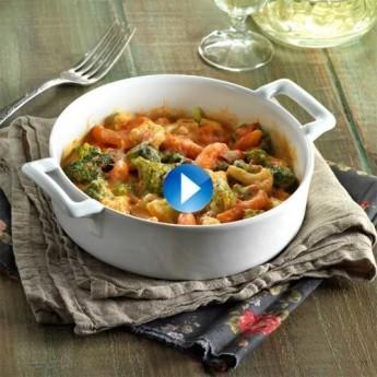 Mezcla de verduras con salsa aurora y queso