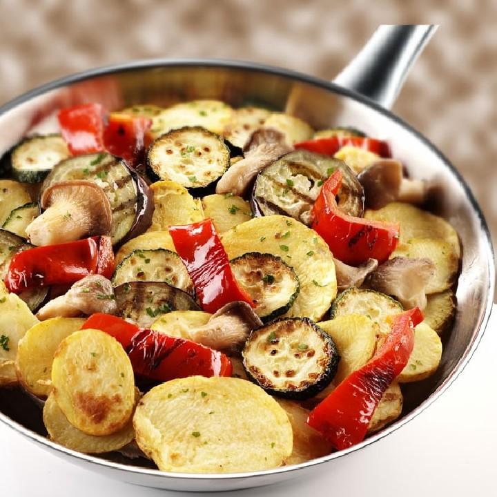 Braseado de patata, hortalizas y setas