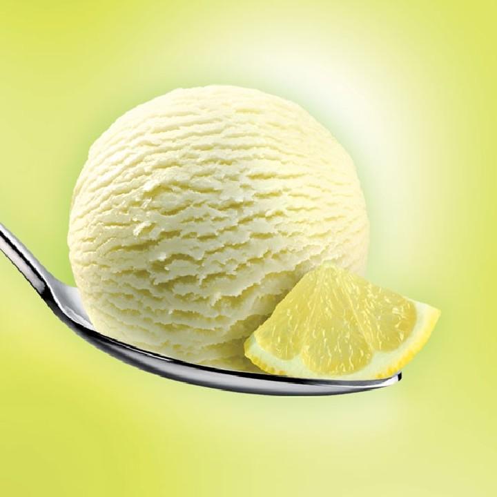 Helado sorbete con limón