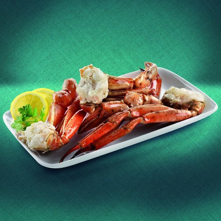 Bocas y cuerpos de cangrejo rojo cocidos