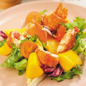 Amanida de llamàntol amb mango i vinagreta de coriandre