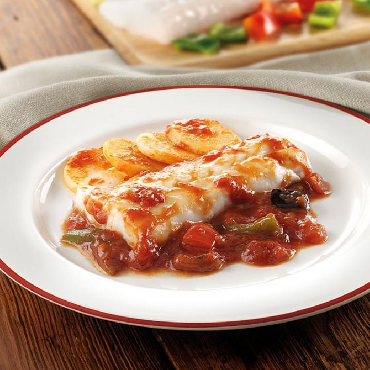 Lluç amb salsa mediterrania