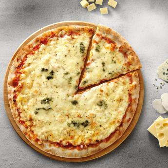 Pizza forn de pedra 4 formaggi