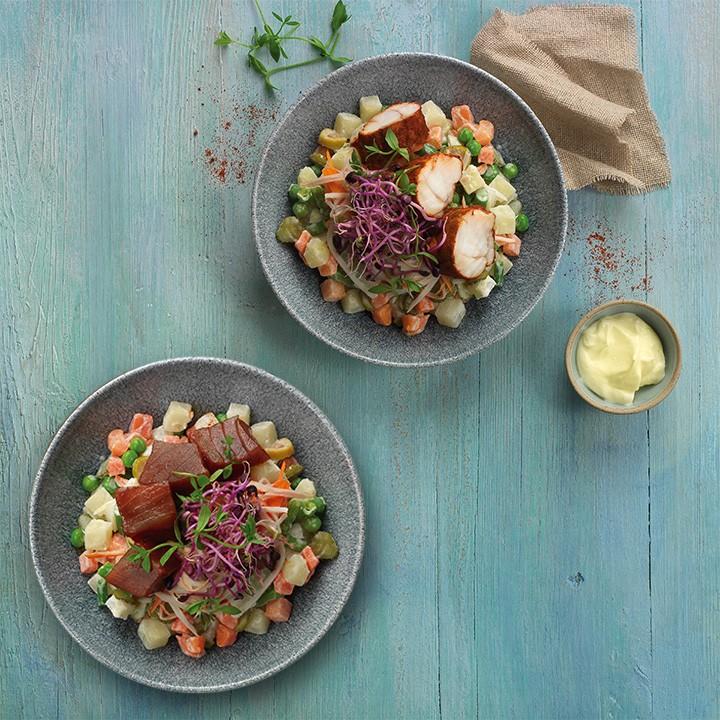Ensalada amb tonyina marinada