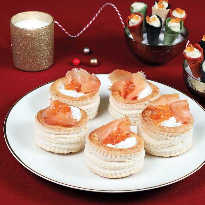 Vol-au-vent de formatge fresc i salmó fumat