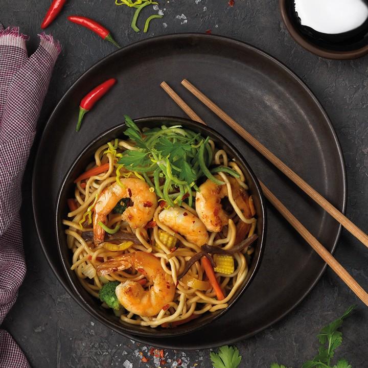 Ta Chow mein de Langostinos (Noodles o fideos chinos fritos con langostinos)