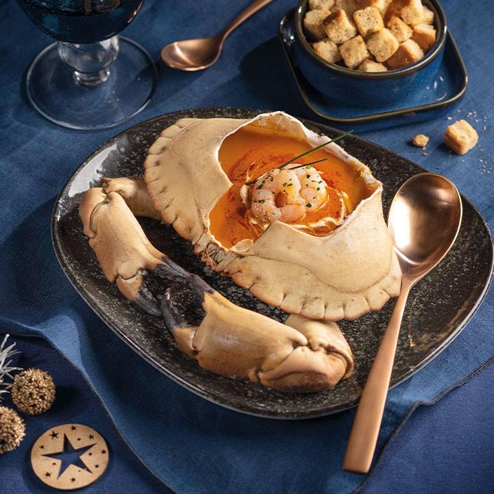 Crema de bou de mar servida en la seva pròpia closca