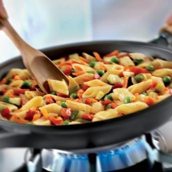 Salteado de pasta con verduras