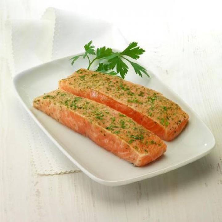 Lomos de salmón al vino blanco Premium