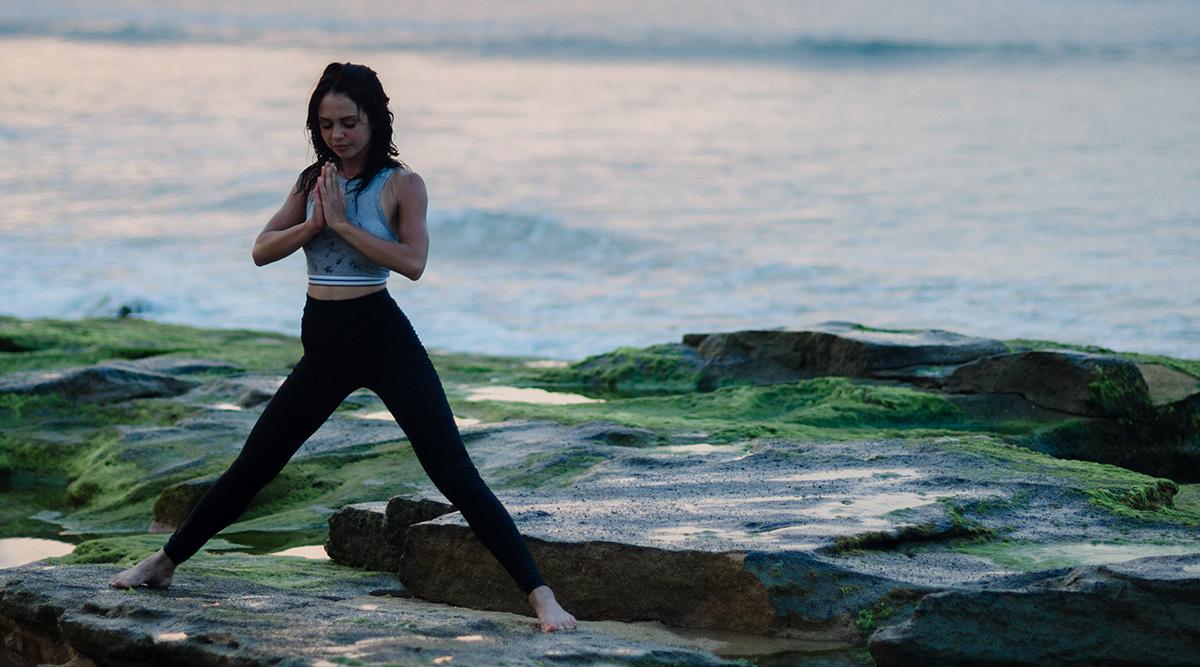 ¡Las actividades de meditación y yoga cultivan el cuerpo, la mente y el alma!