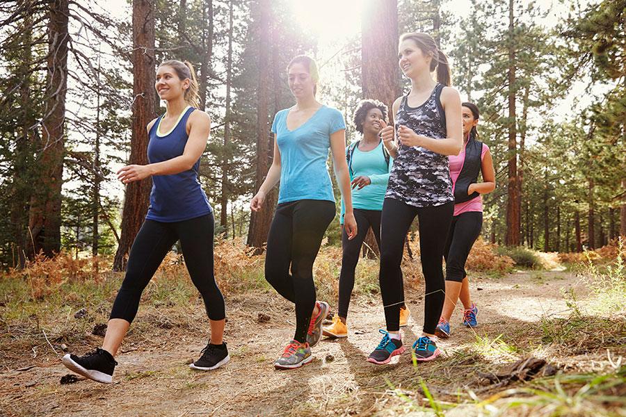 La clave del Power Walking es mantener un ritmo constante durante toda la sesión.
