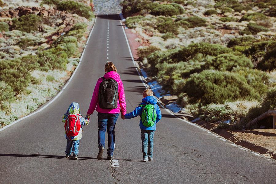 El Power Walking en familia es una actividad muy divertida para los niños.