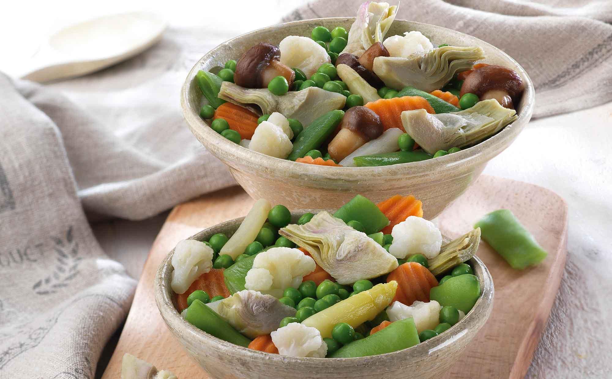 La menestra imperial cuenta con una deliciosa mezcla de verduras, tubérculos y setas.