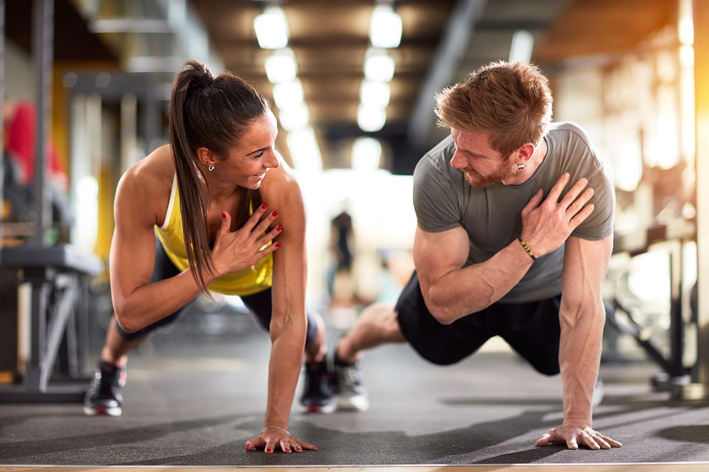 Otro de los grandes beneficios de practicar este entrenamiento es que durante las rutinas mejoras tu resistencia cardiovascular.