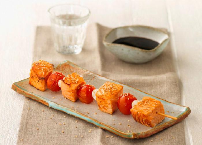 brocheta-de-salmon-con-verduras-la-sirena