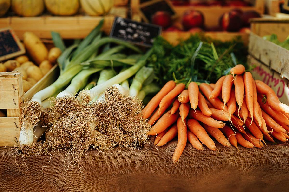 Los restaurantes slow food ofrecen propuestas gastronómicas de productos artesanos y ecológicos.