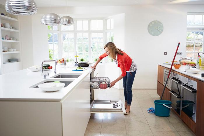 Aprovecha para repasar zonas que no se limpian a diario.